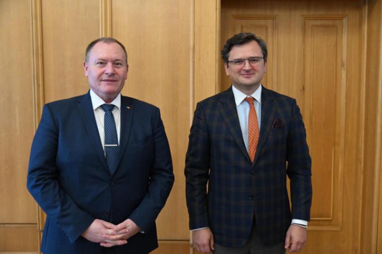 Украина и Молдова согласовали признание сертификатов COVID-вакцинации