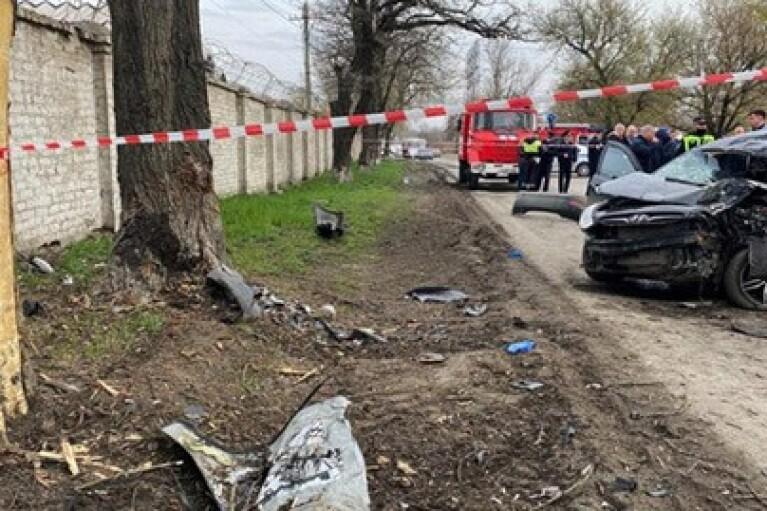 У Ростовській області оголошено жалобу за загиблими в п'яному ДТП п'ятьом підліткам (ФОТО)