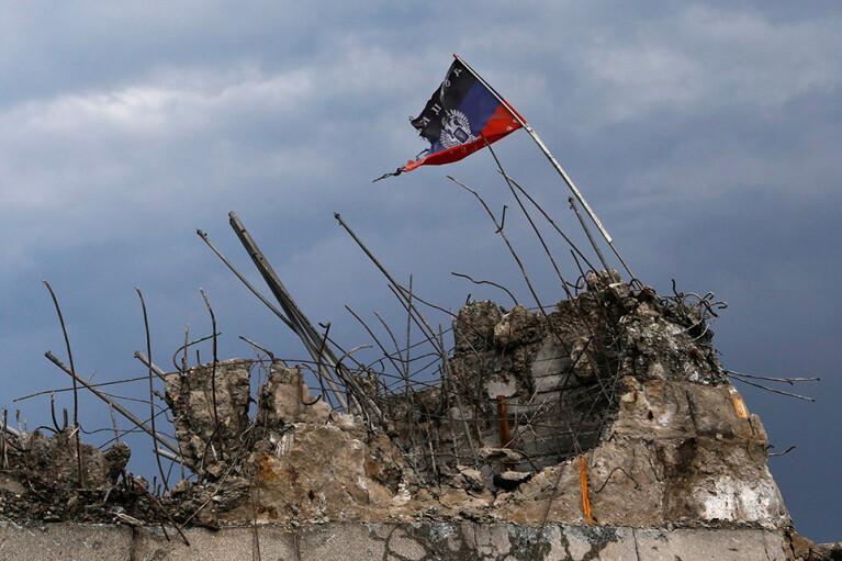 Перехватить инициативу у России. Какие законы нужно принять для Украины и оккупированного Донбасса