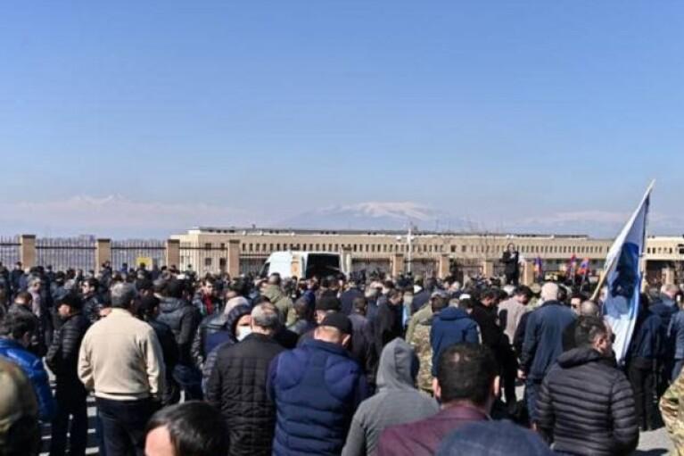 У Вірменії знову пройшли акції протесту проти Пашиняна
