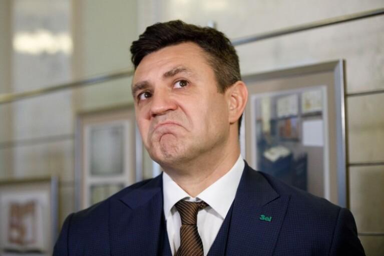 Новый план Ермака. Зачем Зеленский хочет сделать главными по ОРДЛО Тищенко и Медведчука