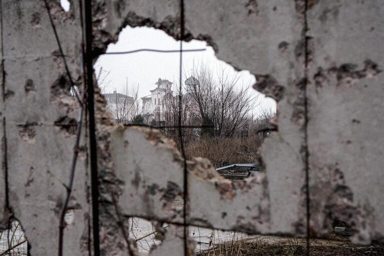 """Боевики """"Л/ДНР"""" за неделю 66 раз нарушали перемирие: """"бьют"""" по мирным в оккупации"""