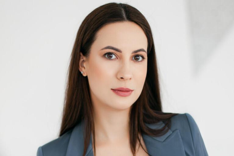 Жанна Стрельникова:  Я не про рекламу,  я про развитие  и прибыльность
