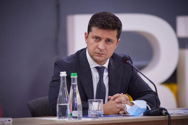 Зеленский одобрил санкции СНБО против 95 компаний