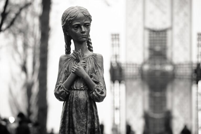 Недоверие к власти и потеря традиций. Как Голодомор влияет на современных украинцев