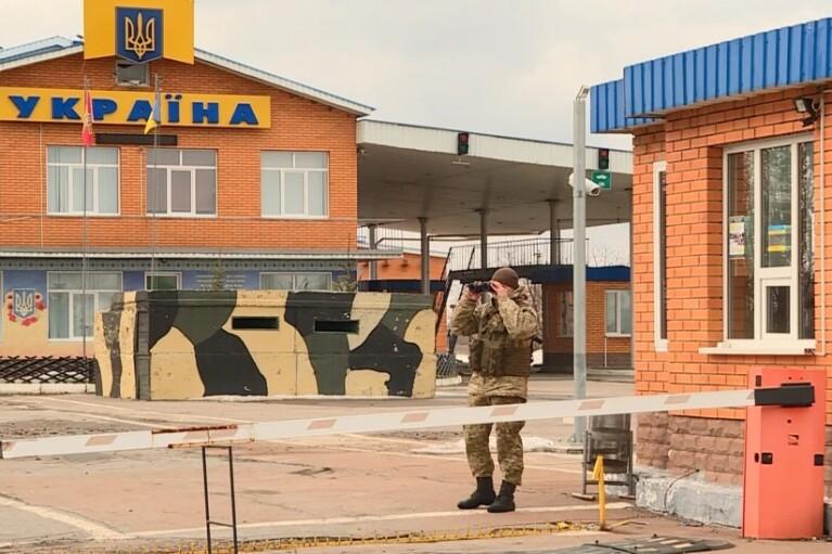 Кабмин ввел новые ограничения для въезда в Украину