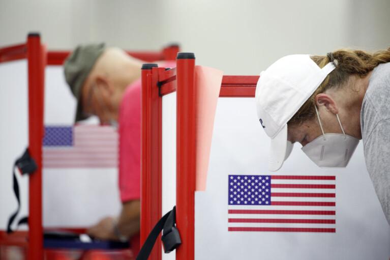Виборча міфологія. Як альтернативна реальність впливає на вибори в США