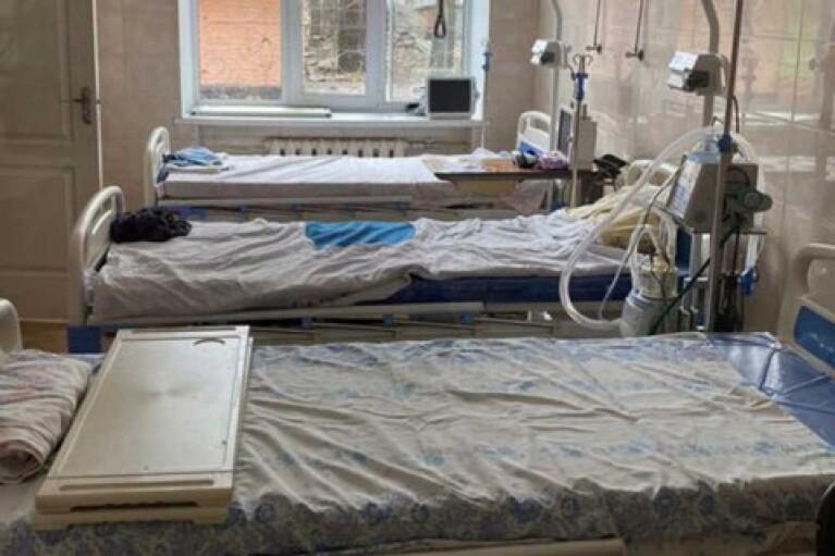 COVID-госпитализации превышают норму в 8 областях Украины