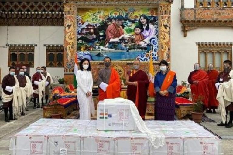 В Бутані за один тиждень вакцинували 85% дорослого населення країни