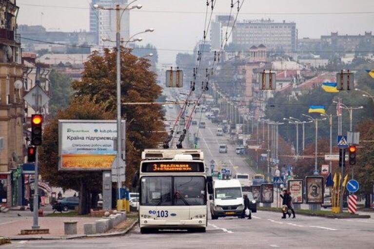 Локдаун в Запорожской области: работу общественного транспорта могут  полностью остановить