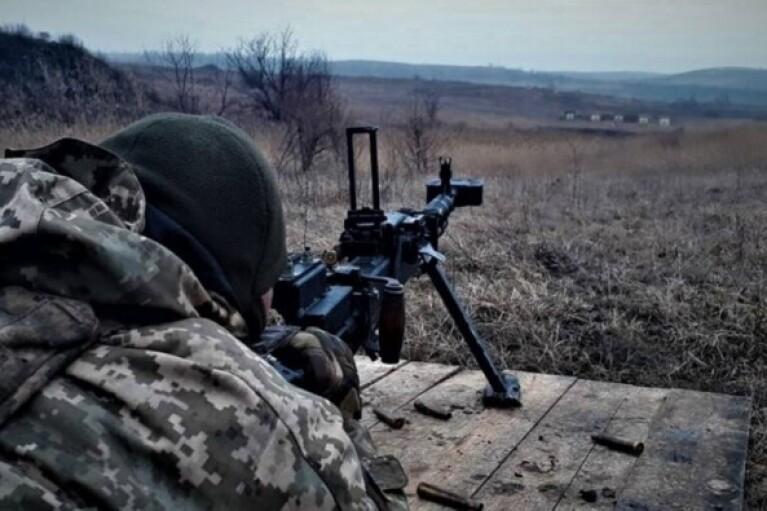 Боевики во время пребывания Зеленского на Донбассе целый день вели себя тихо