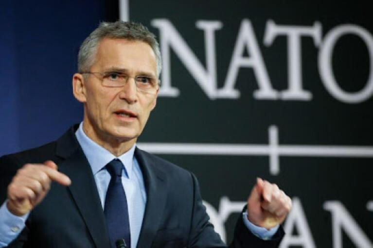 Генсек НАТО обратился к России по поводу наращивания войск у границ Украины
