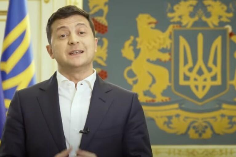 На Зеленского подали в суд из-за гражданства Украины