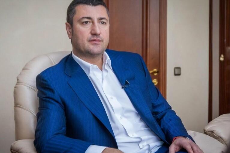 Один год войны НАБУ против меня: 9000 уволенных, потеря 50% поступлений в бюджет и 0,3% ВВП, — Олег Бахматюк