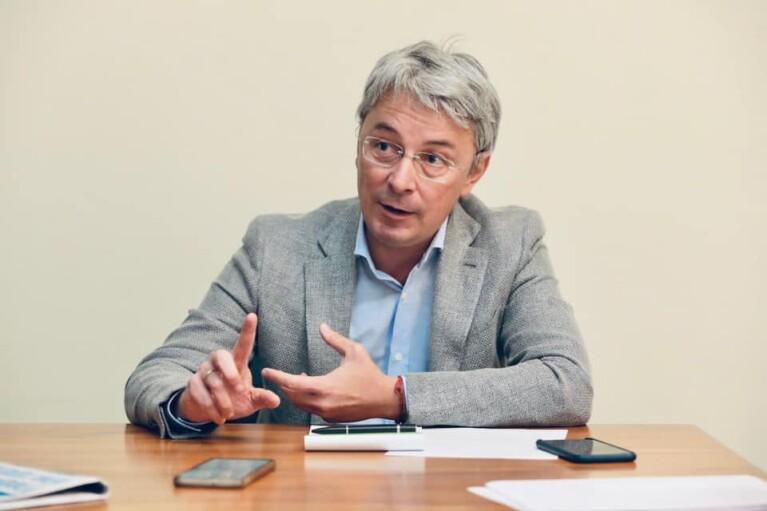 Ткаченко рассказал, планируют ли закрывать другие телеканалы в Украине