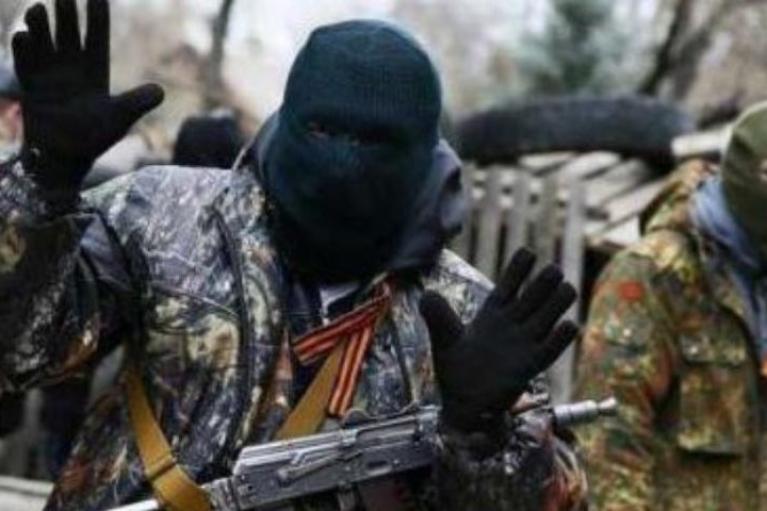 Пьяные оккупанты Донбасса сыграли в ящик, наехав автомобилем на собственную мину
