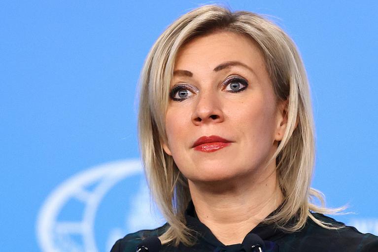"""""""Бег по карусели"""": Захарова пригрозила Вашингтону из-за новых санкций"""