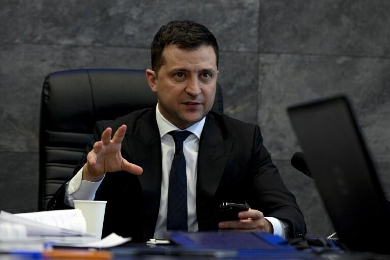 Зеленский рассказал, как будет бороться с бедностью и олигархами
