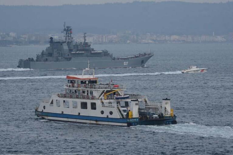 Россия направила в Черное море еще военных два корабля
