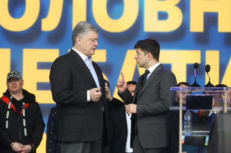 """Зеленський про ставлення до Порошенка: """"Він не цікавий, але ми підтримували"""""""