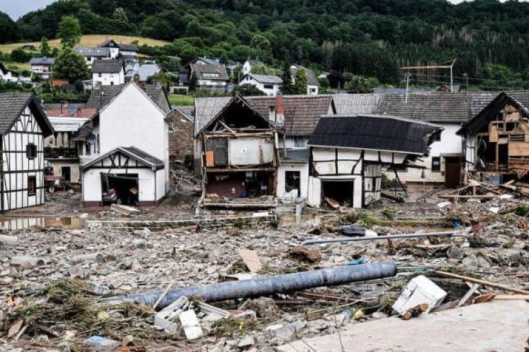 Еврокомиссия готова выделить помощь пострадавшей от наводнений Германии