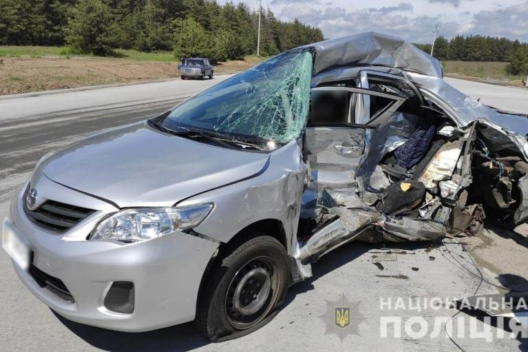 В ДТП в Полтавской области погибли двое журналистов (ФОТО)