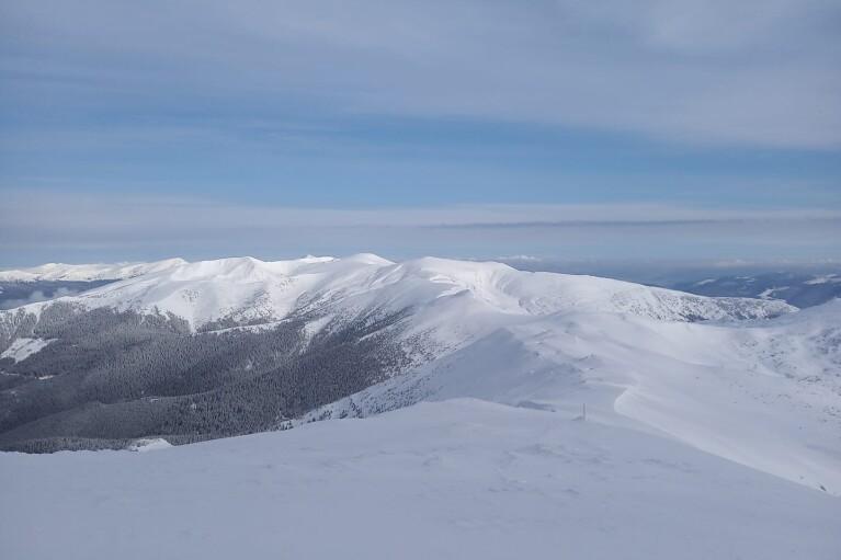 На горе Поп Иван похолодало до -8 градусов