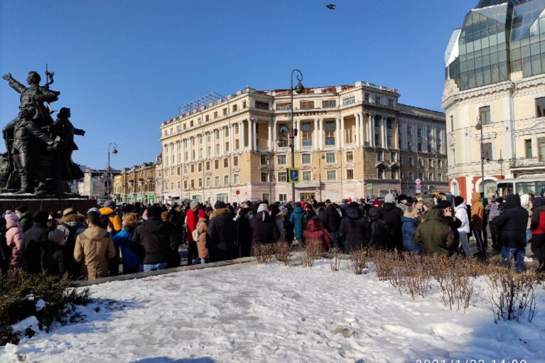 Масові затримання і побиття: в Росії почалися нові акції на підтримку Навального (ВІДЕО)