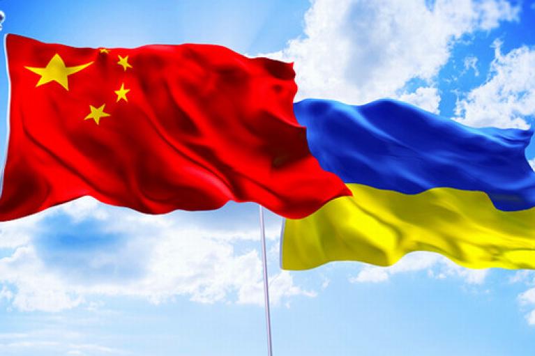 Україна та Китай працюють над запровадженням взаємного безвізу