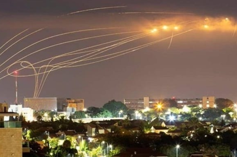 ХАМАС и Израиль ночью продолжали обмениваться ракетными обстрелами