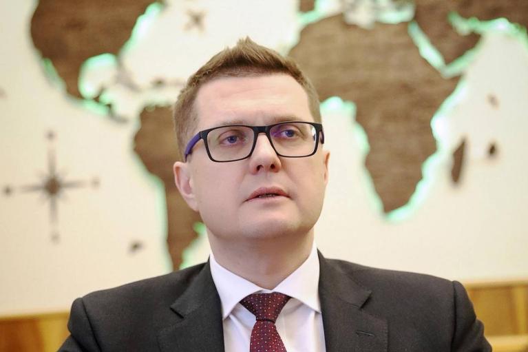 Баканов насчитал 100 тысяч российских военных на границе с Украиной