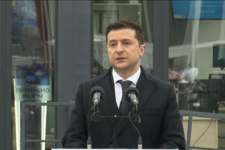 Зеленский рассказал о деструктивной позиции России в вопросе открытия КПВВ на Донбассе