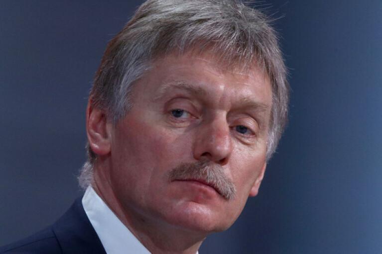 Пєсков відмовився коментувати запит Зеленського на розмову з Путіним