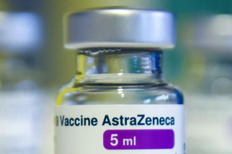 Ляшко сказал, когда Украина ожидает очередную партию вакцины AstraZeneca