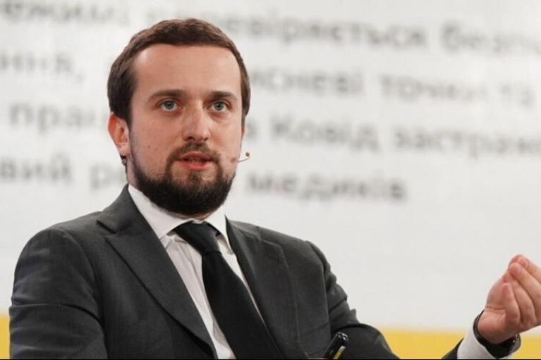 Регулярные медосмотры и сотни спортплощадок: в Украине стартует президентская программа здоровья
