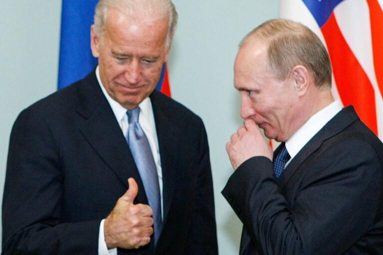 США і Росія обговорили можливу зустріч Путіна з Байденом