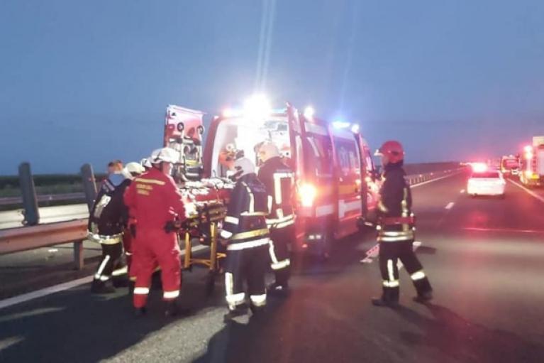 Автобус з українцями потрапив у ДТП у Румунії: є загиблий і постраждалі (ФОТО)