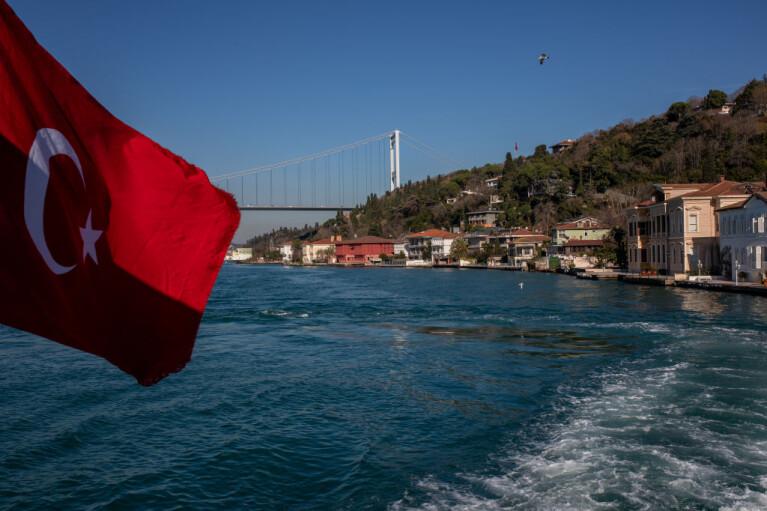 Зачистка флотских. Как Эрдоган закупоривает Черное море