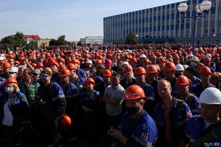Протесты в Беларуси. День пятый: иллюзия демократии, и что решит Путин