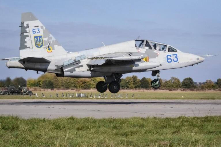 В утиль или на модернизацию? Что нам делать со штурмовиком Су-25