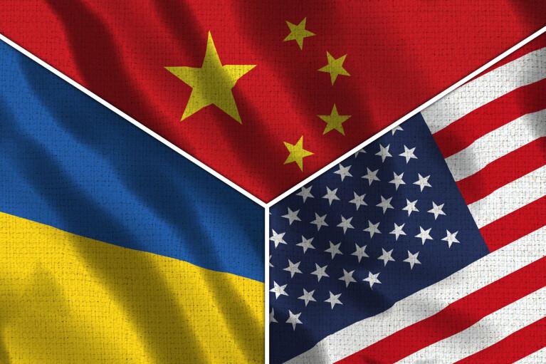 """Онлайн-конференція """"Ділової столиці"""". Україна між Китаєм і США: куди ближче? (ВІДЕО)"""