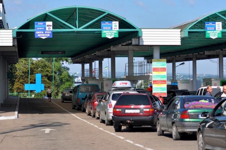 В Госпогранслужбе назвали дату открытия трех КПП на границе с Польшей