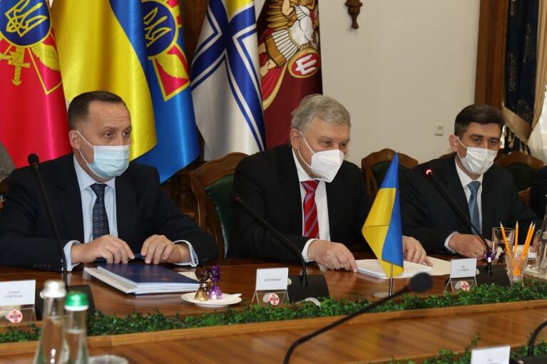 """Таран попередив ЄС, що Кремль може готувати для України """"грузинський сценарій"""""""