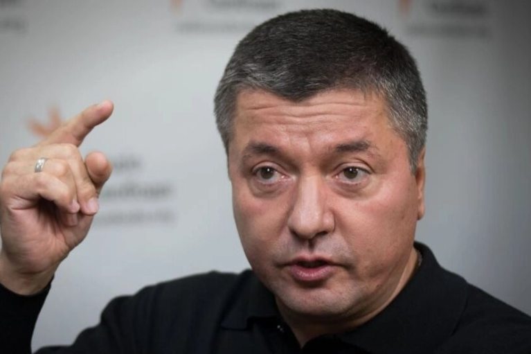 """Виталий Бала: """"Слуги"""" мыслят кошельком, когда откладывают украинскую озвучку сериалов"""