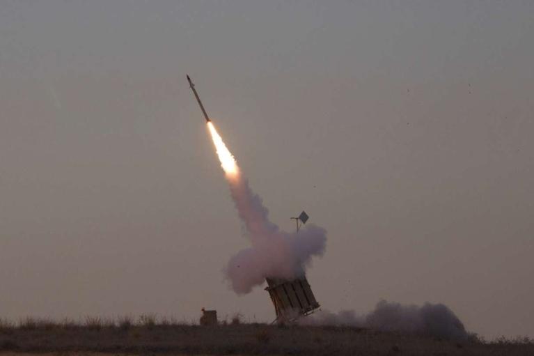 "Боевики ХАМАС атакуют Израиль: ""Железный купол"" перехватил сотни ракет (ФОТО, ВИДЕО)"
