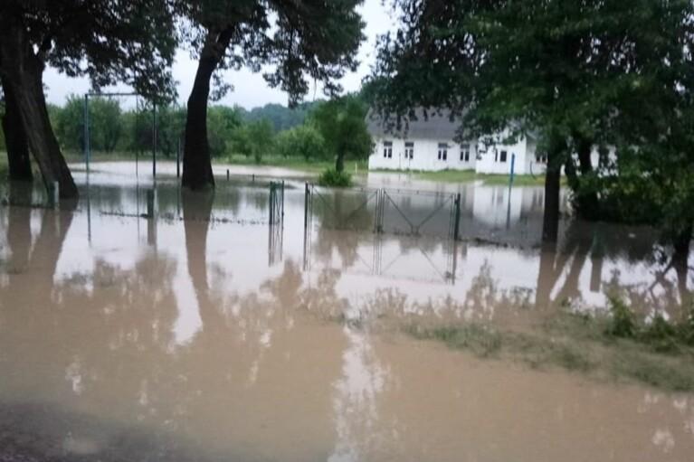 Спасатели предупредили о подтоплениях в четырех областях