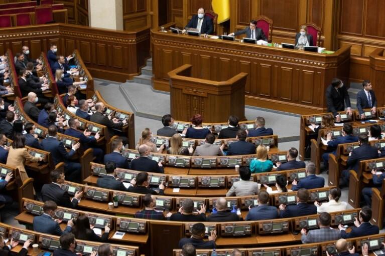"""""""Слуги"""" підготували звернення до Зеленського про розрив дипломатичних стосунків із Росією"""