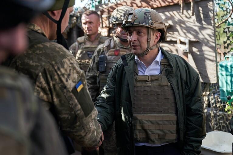 Кровавое обострение в ООС. Решится ли Зеленский угомонить боевиков