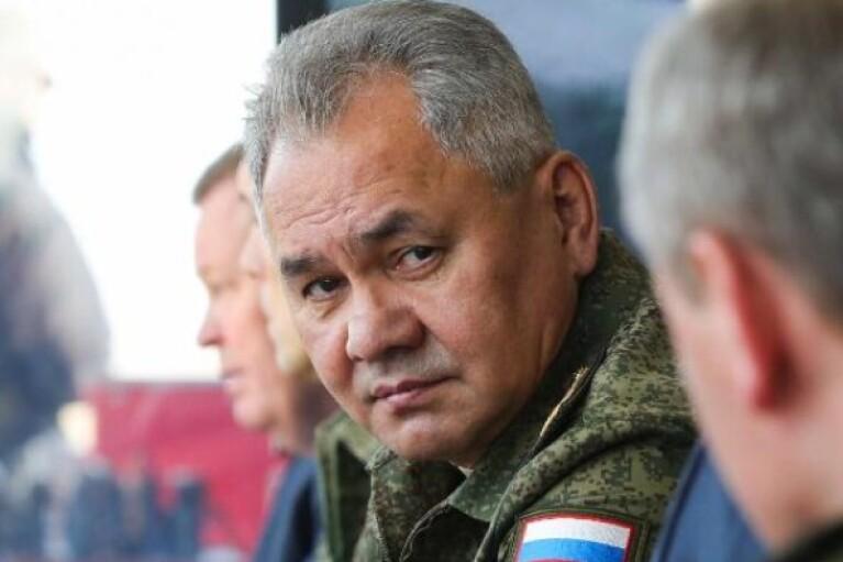Шойгу раптово наказав згорнути військові навчання в Криму