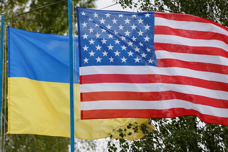 Украина и США обсудили транспортировку газа из LNG-терминалов